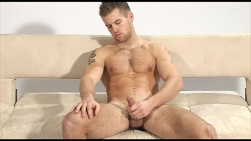 menatplay-david-jones-stroking-his-perfect-cock