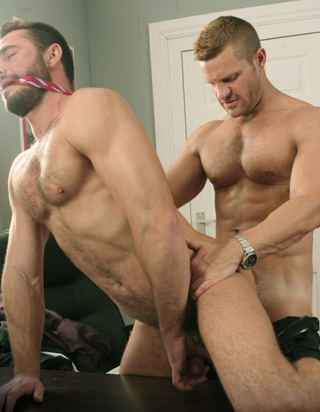 menatplay-london-conrad-and-jessy-ares